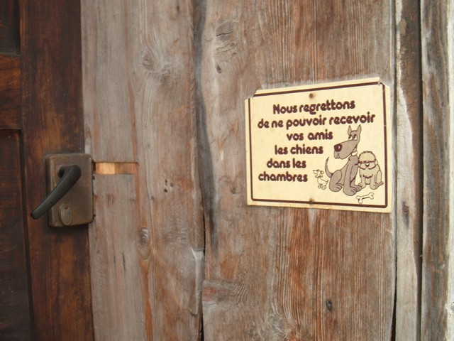 We regret not being able to accept our dog friends in the rooms: An auberge on the Tour du Mont Blanc
